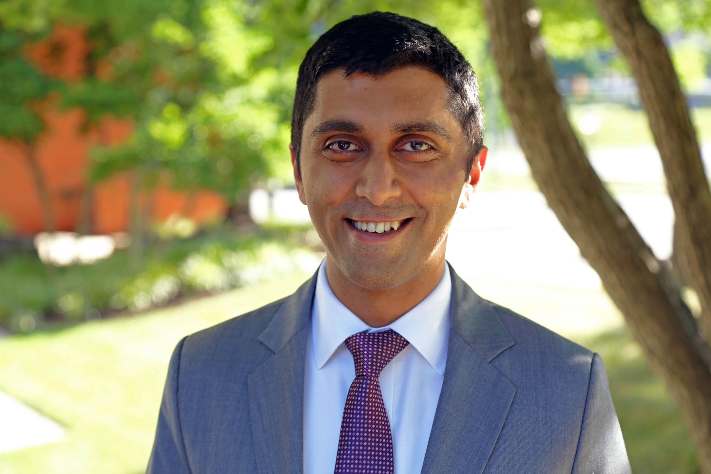 Dr. Eshan Sapra